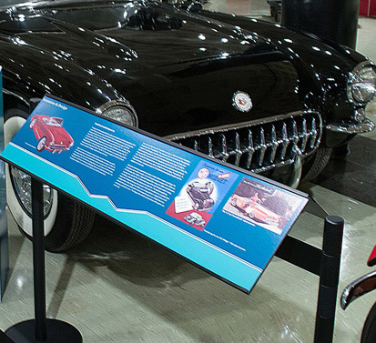 museum_signs_vehicle_display